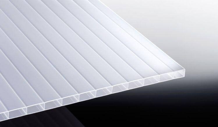 Unsere sonnenschützende Acryl Stegplatte in Weiß-Opal mit hoher eigenfestigkeit und einer Stärke von 16 mm ist in den Breiten 980 mm und 1200 mm sowie den Längen 2000 mm bis 7000 mm erhältlich.