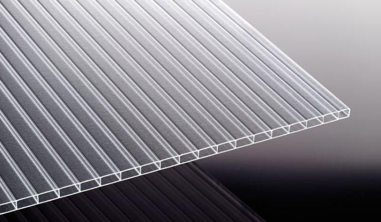 Unsere lichtstreuende Acryl Stegplatte mit IC Struktur in der Stärke 16 mm ist in der Breite 980 mm sowie den Längen 2000 mm bis 7000 mm erhältlich.