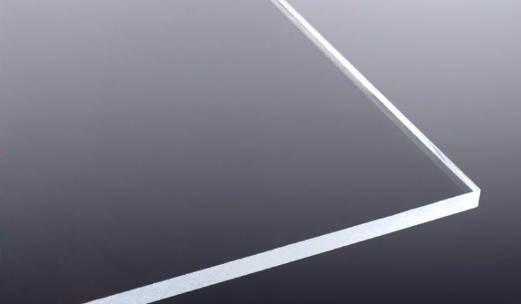 Die perfekte Alternative zu Glas - unsere 10 mm Acrylglasplatte mit hoher Lichtdurchlässigkeit. Ideal für den Innen- und Außenbereich geeignet.