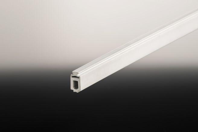 Randdistanzleiste aus widerstandsfähigem PVC für das Universalsystem - Montage von 8 - 10 mm Glas