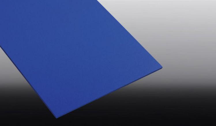 Unsere PVC Hartschaumplatten sind in den Maßen 250 x 500 mm, 500 x 500 mm, 1000 x 500 mm, 1250 x 500 mm und 1500 x 500 mm erhältlich und haben die Farbe: Blau.