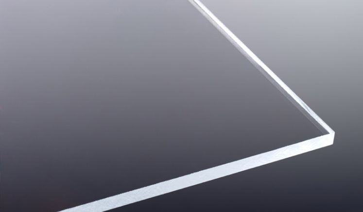 Die Polystyrolplatten 5 mm Glasklar zeichnen sich durch eine hohe Bruchfestigkeit aus. Ideal geeignet für Türverglasungen oder Modelbau.