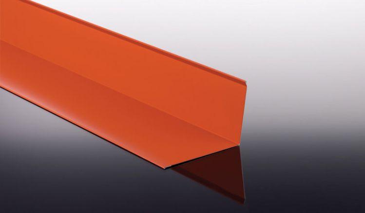 Das Wandanschlussblech in 0,5 mm Stärke und 60 my TTHD Beschichtung bildet den Übergang zwischen geraden Wandflächen und Ihrer Bedachung .