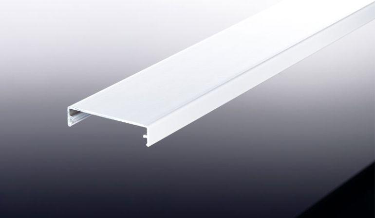 Der Aluprofil Klemmdeckel für unsere Systeme: Kombi, Komplett, Universal und Thermo. Gefertigt aus hochwertigem Aluminium.