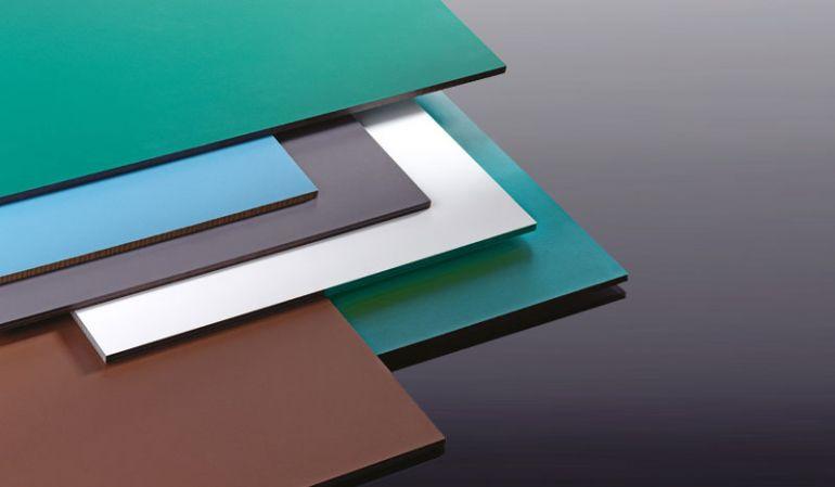 Unsere HPL Platten mit einer Stärke von 6 mm und dem Maß 2800 x 1300 mm. Erhältlich in 9 verschiedenen Farben.