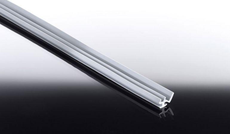 Günstige Ersatz Lippendichtung für Stegplatten Aluprofile, weiß, in Längen von 2,0 bis 25,0 m. Hier können Sie weitere Meter Lippendichtung für die Alu-Profile bestellen. Achtung: die meisten Profile werden bereits inklusive der Lippendichtung geliefert!
