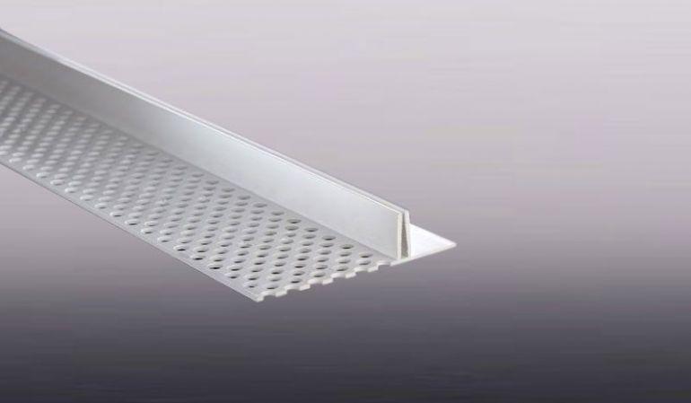 Das leicht zu montierende Kunststoff Lüftungsprofil für 15-17 mm Fassadenprofile.