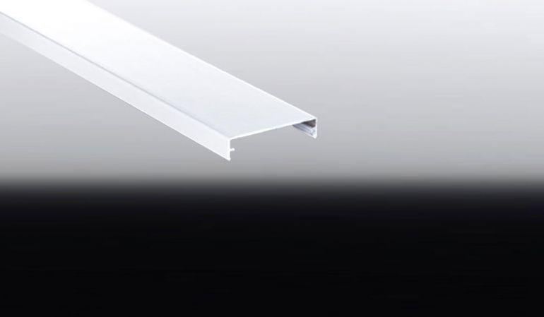 Mit dem Alu-Abdeckprofil decken Sie bei der Dacheindeckung die Stoßkante zwischen zwei Stegplatten ab. Eine Bestellung kommt nur für Käufer von Modellen der Silver Line in Betracht