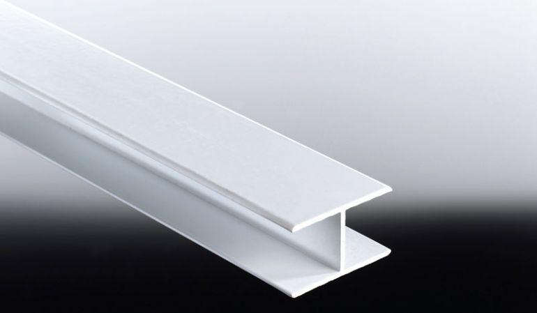 Das 25 mm Alu-H-Profil dient Verkleidungspaneelen als mittlere Führungsschiene bzw. Verbindungsschiene. Sie erhalten dieses in fünf Farben